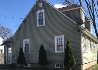 Short Sale in Warwick 02888 HOLMES RD - Property ID: 6331112688