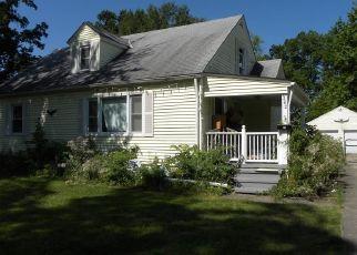 Short Sale in Elyria 44035 ABBE RD N - Property ID: 6331134583