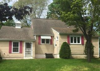 Short Sale in Syracuse 13212 HIGHLAND AVE - Property ID: 6331141138