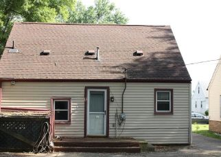 Short Sale in Dearborn Heights 48125 CURRIER ST - Property ID: 6331164359