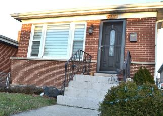 Short Sale in River Grove 60171 BEULAH AVE - Property ID: 6331168755