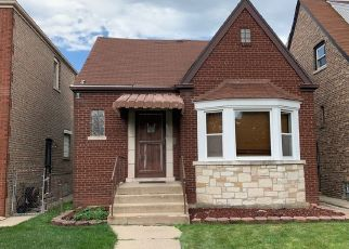 Short Sale in Chicago 60628 S RHODES AVE - Property ID: 6331170497