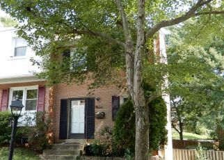 Short Sale in Woodbridge 22193 BRADDOCK DR - Property ID: 6331258977