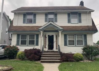 Short Sale in Paterson 07502 RICHMOND AVE - Property ID: 6331295765