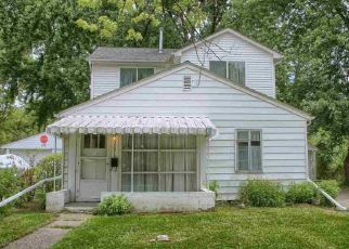 Short Sale in Warren 48089 EASTWOOD AVE - Property ID: 6331308452
