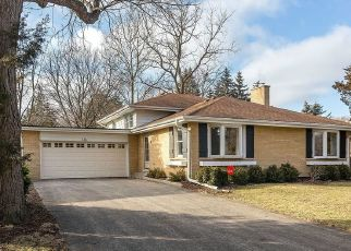 Short Sale in Palatine 60074 N WILSHIRE CT - Property ID: 6331315464