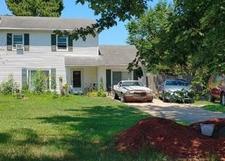 Short Sale in Virginia Beach 23455 ANGELA CT - Property ID: 6331357509
