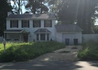 Short Sale in Virginia Beach 23453 HEARTHSIDE LN - Property ID: 6331359259