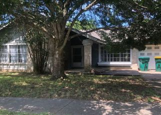 Short Sale in Converse 78109 WINDBURN TRL - Property ID: 6331385540