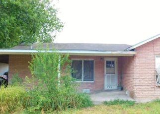 Short Sale in Mcallen 78501 N 6TH ST - Property ID: 6331576497