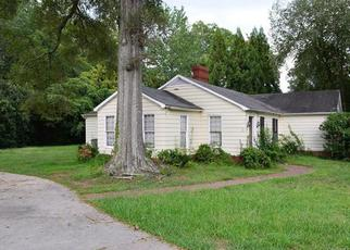 Short Sale in Charlotte 28211 VERNON DR - Property ID: 6331590964