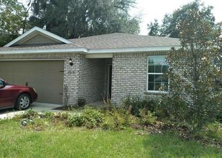 Short Sale in Macclenny 32063 SANDS POINTE DR - Property ID: 6331770522
