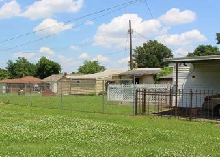 Short Sale in Memphis 38109 W MITCHELL RD - Property ID: 6331839276