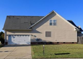 Short Sale in Fayetteville 28306 GUS DR - Property ID: 6332011851