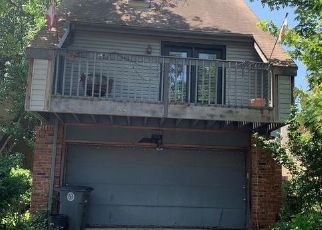 Short Sale in Tulsa 74133 S 69TH EAST PL - Property ID: 6332036817
