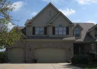 Short Sale in Naperville 60564 SIMSBURY CT - Property ID: 6332096820
