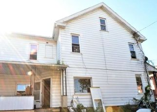 Short Sale in Allentown 18103 S 5TH ST - Property ID: 6332160309