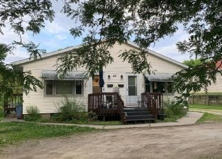 Short Sale in Marion 52302 S 11TH ST - Property ID: 6332208495