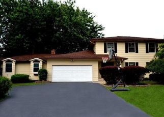Short Sale in Rochester 14612 SWEET ACRES DR - Property ID: 6332307471