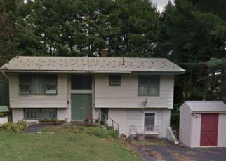 Short Sale in Augusta 04330 BRENTWOOD RD - Property ID: 6332329819