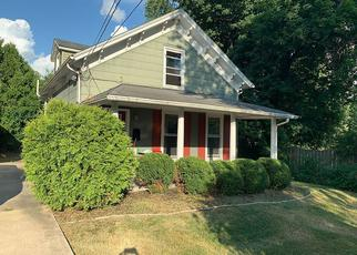 Short Sale in Dixon 61021 N DIXON AVE - Property ID: 6332356532