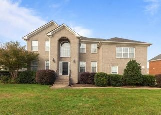 Short Sale in Chesapeake 23322 VESPASIAN CIR - Property ID: 6332450698