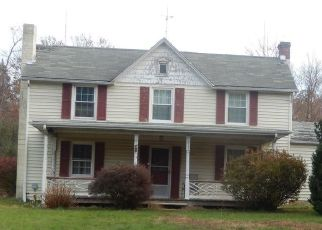 Short Sale in Richardsville 22736 ELEYS FORD RD - Property ID: 6332459451