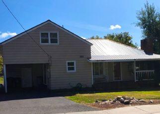 Short Sale in Klamath Falls 97603 HOMEDALE RD - Property ID: 6332565891
