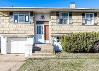 Short Sale in Freeport 11520 E 1ST ST - Property ID: 6332622374