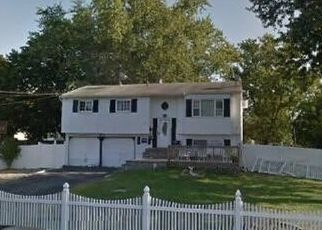 Short Sale in Bay Shore 11706 NEW JERSEY AVE - Property ID: 6332639909