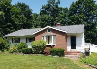 Short Sale in Brookfield 06804 N PLEASANT RISE - Property ID: 6332657411