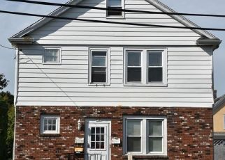 Short Sale in Stamford 06902 SOUNDVIEW AVE - Property ID: 6332686318