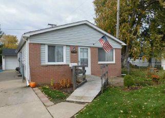 Short Sale in Roseville 48066 PINEHURST ST - Property ID: 6332781358