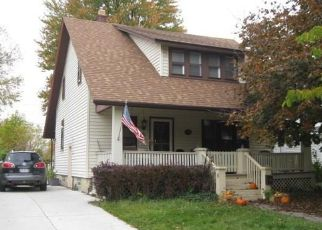Short Sale in Mount Clemens 48043 S HIGHLAND ST - Property ID: 6332783105
