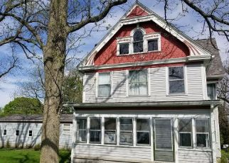 Short Sale in Brook 47922 N COLFAX ST - Property ID: 6332817270