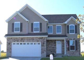 Short Sale in Yorkville 60560 S CARLY CIR - Property ID: 6332825600
