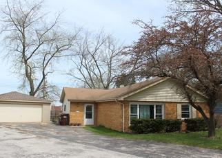 Short Sale in Oak Forest 60452 JAMIE CT - Property ID: 6332853183