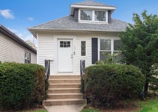 Short Sale in Chicago 60634 N NEW ENGLAND AVE - Property ID: 6332864578