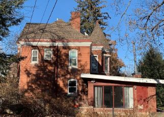 Short Sale in Quincy 62301 HAMPSHIRE ST - Property ID: 6332873784