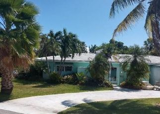 Short Sale in Fort Lauderdale 33334 NE 39TH ST - Property ID: 6332909694