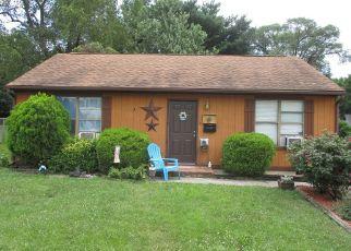 Short Sale in Roanoke 24012 MAPLELAWN AVE NW - Property ID: 6333026183