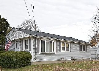 Short Sale in Cranston 02910 PONTIAC AVE - Property ID: 6333067359