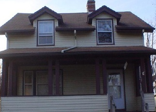Short Sale in Akron 44301 LARCH ST - Property ID: 6333104593