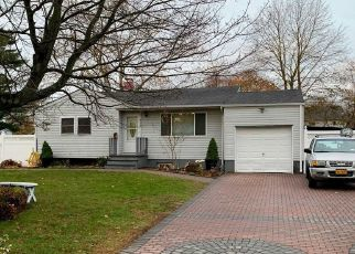 Short Sale in Patchogue 11772 AMSTERDAM AVE - Property ID: 6333132174