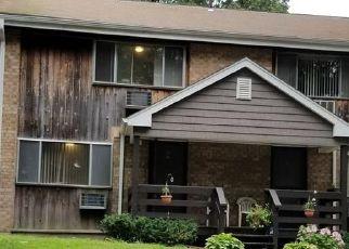 Short Sale in Bridgeport 06606 VINCELLETTE ST - Property ID: 6333140501