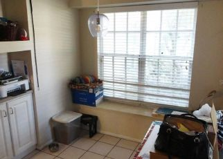 Short Sale in Plant City 33566 KIPLING AVE - Property ID: 6333284597