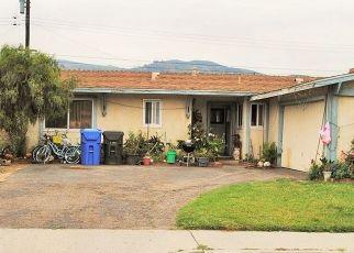 Short Sale in Santa Paula 93060 CENTER LN - Property ID: 6333315698
