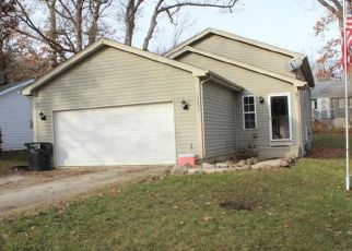 Short Sale in Salem 53168 94TH ST - Property ID: 6333435703