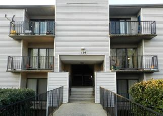 Short Sale in Gaithersburg 20877 DUVALL LN - Property ID: 6333443130