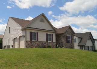 Short Sale in Reading 19605 HELM LN - Property ID: 6333447523